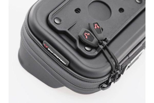 Navi case Pro L Water-resistant. Black.