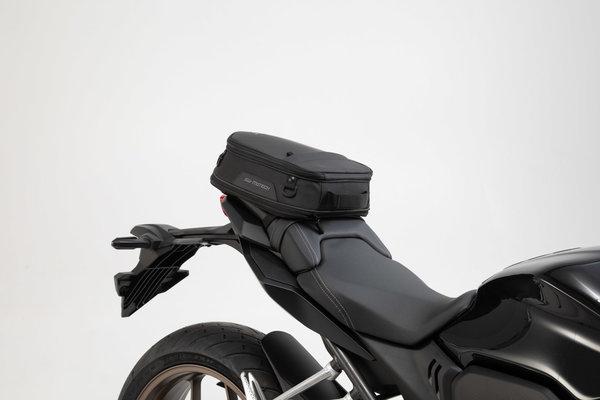 ION S tail bag 7-15 l. Black. 600D Polyester / Soft-Vinyl.