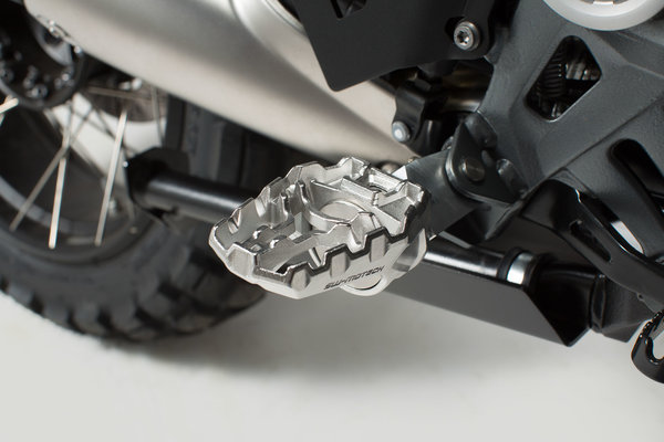 EVO footrest Stainless steel. Adjustable.