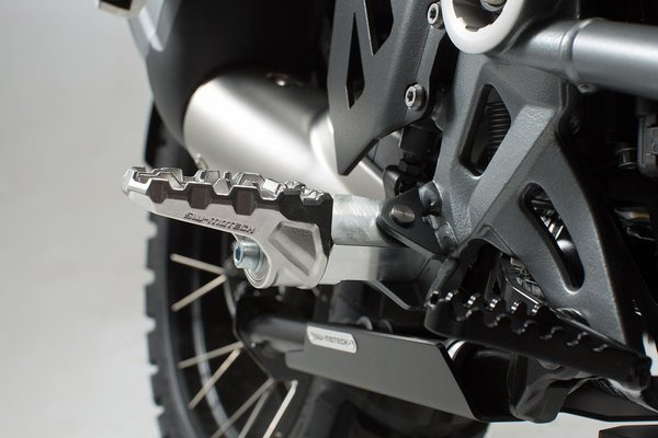EVO footrest kit Honda / BMW / Triumph - models.