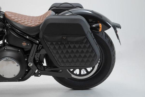 Support latéral SLH gauche Harley Dav. Softail Str. Bob (17-),Standard (20-).
