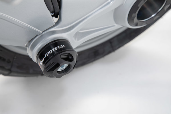 Slider set for rear axle Black. BMW models with swinging arm at the back.